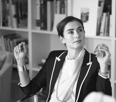 蒂芙尼首位女性设计总监francesca amfitheatrof