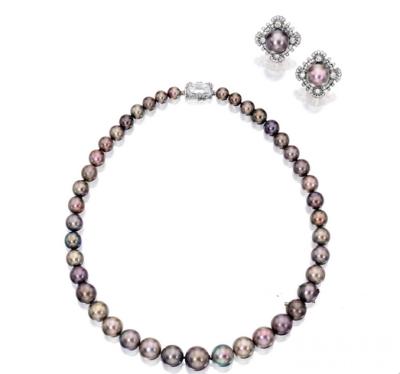 天然珍珠配钻石项链、耳环,Cartier London,4108万港元成交