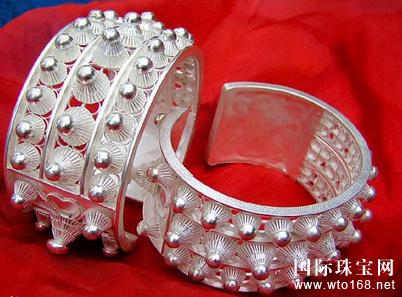珠宝历史|苗族银饰里的民族故事